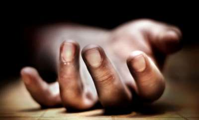 latest-news-woman-tried-to-suicide-in-front-of-cms-house