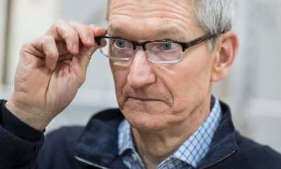 tech-news-apples-tim-cook-keeps-nephew-off-social-media