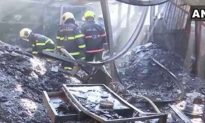 latest-news-fire-breaks-out-at-a-factory-in-mumbais-goregaon