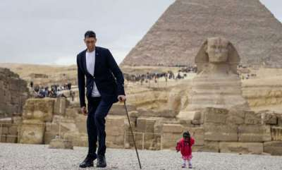 rosy-news-when-the-worlds-tallest-man-met-the-worlds-shortest-woman