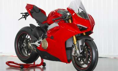 auto-2018-ducati-panigale-v4-launched-at-rs-2053-lakh
