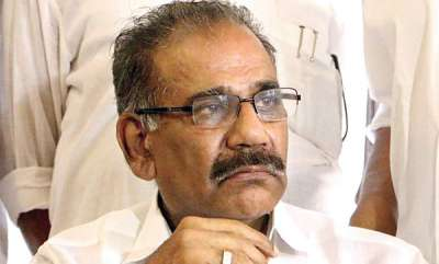 latest-news-ak-saseendran-responding-thomas-chandys-staff-behind-plea