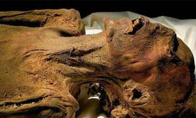 odd-news-experts-solved-mystery-screaming-mummy