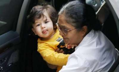 odd-news-taimur-ali-khan-new-pictures
