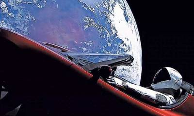 world-elon-musks-space-tesla-might-crash-into-earth
