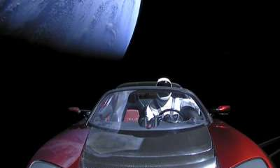 latest-news-elon-musks-tesla-roadster-headed-for-earth-or-venus-crash