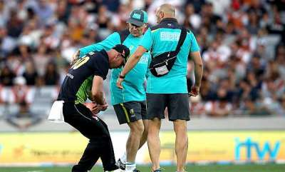 sports-news-shoulder-injury-forces-chris-lynn-off-the-field-in-tri-series-final