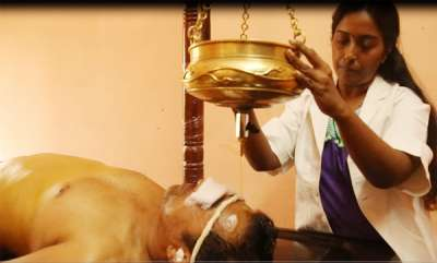 focus-kalarichikilsa-kalari-system-combines-physical-and-mental-training-with-holistic-healing-therapy
