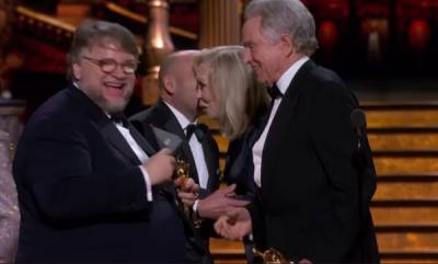 entertainment-guillermo-del-toro-wins-best-director-oscar-for-the-shape-of-water
