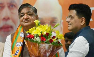 latest-news-sushama-swaraj-lashes-out-at-naresh-agarwal-who-defected-from-sp-to-bjp