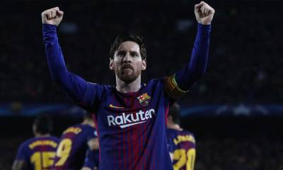 sports-messi-is-the-kind-of-player-who-is-born-once-in-50-years-conte