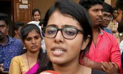 latest-news-students-protest-in-kerala-university
