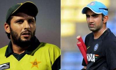 sports-shahid-afridi-tweets-on-kashmir-unrest-gambhir-hits-back