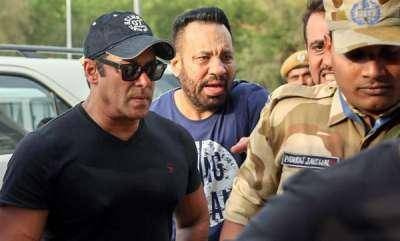 latest-news-salman-khan-reaches-mumbai-after-getting-bail-in-blackbuck-poaching-case