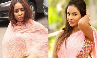 mangalam-special-actress-sri-reddy-strips