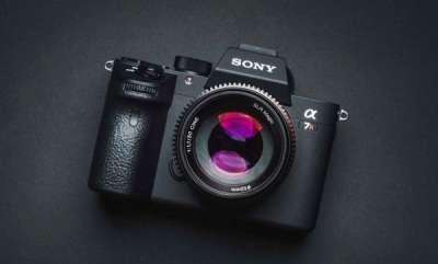tech-news-sony-full-frame-a7iii-mirrorless-camera