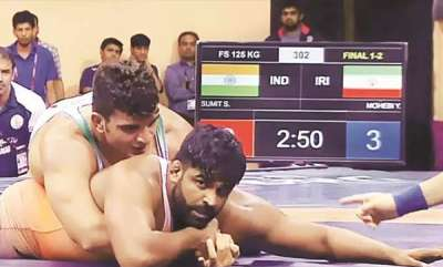 latest-news-sumith-and-vinesh-wins-gold