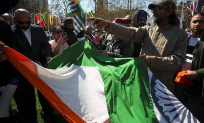 world-uk-authorities-apologise-after-protesters-tear-tricolour-during-modis-visit