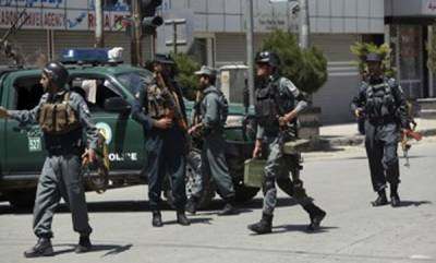 world-suicide-bombers-strike-in-afghan-capital-killing-2-police