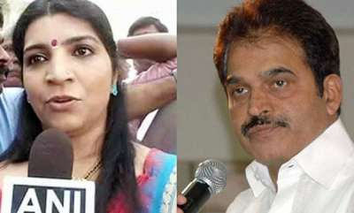 latest-news-karnadaka-election-saritha-s-nairs-press-meet-in-bengulooru-against-k-c-venugopal-and-congress