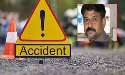 kerala-vt-balrams-staff-dies-in-road-accident