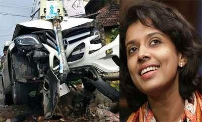 latest-news-sithara-krishnakumar-accident