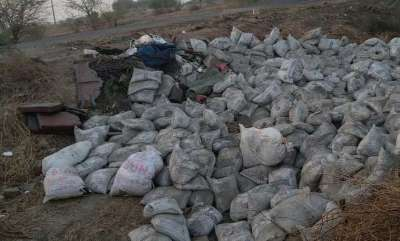 latest-news-19-killed-in-gujarat-as-cement-laden-truck-turned-on-gujarath