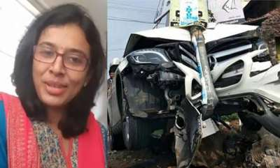 latest-news-sithara-on-car-accident