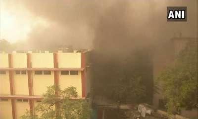 latest-news-fire-in-delhis-malviya-nagar