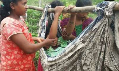 latest-news-pregnant-woman-carried-to-hospital-on-makeshift-stretcher