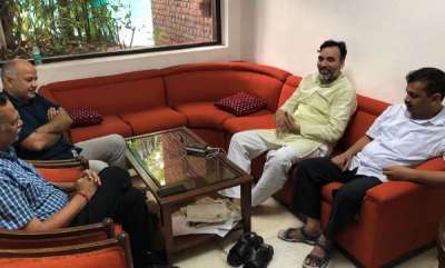 latest-news-kapil-mishra-asks-kejriwal-to-change-clothes-after-delhi-cm-spends-3rd-night-at-l-g-house