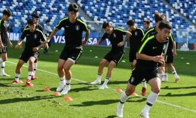 sports-race-claims-and-spying-dominate-korea-sweden-build-up