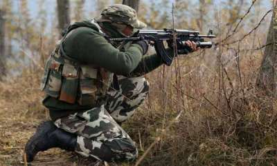 india-two-militants-policeman-killed-in-encounter-in-anantnag