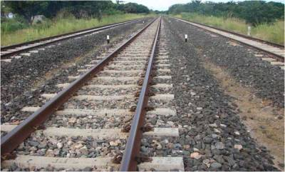 latest-news-woman-infant-lay-on-tracks-to-die
