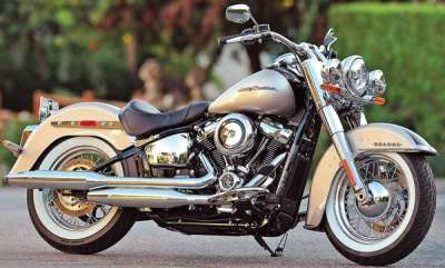 latest-news-trump-blasts-harley-plan-to-shift-some-production-outside-us