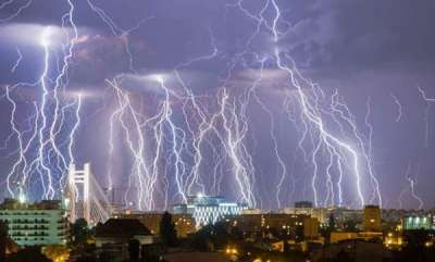 environment-this-is-one-cool-picture-of-a-lightning-storm