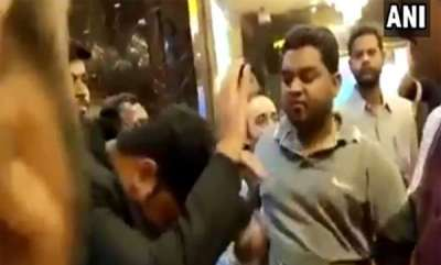 latest-news-mns-workers-beat-multiplex-manager