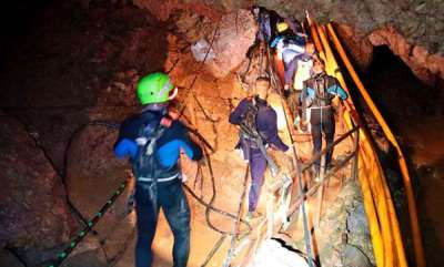 latest-news-cave-rescue-operation-in-thailand