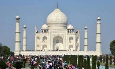 india-no-namaz-inside-taj-mahal-complex-rules-sc