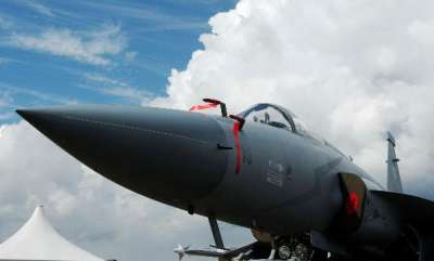latest-news-pakistan-builds-air-base-near-gujarat-border-deploys-chinese-jf-17-fighters