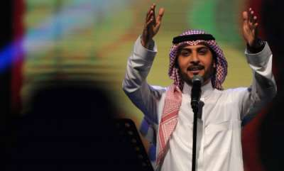 latest-news-saudi-arabia-woman-arrested-for-hugging-singer-majid-al-mohandis