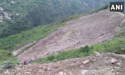 latest-news-10-killed-as-bus-skidded-into-gorge-in-uttarakhand