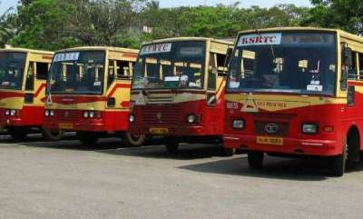 latest-news-ksrtc-driver-suspend-for-using-mobile-phone-while-driving