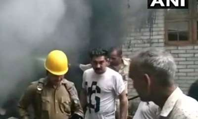 india-fire-breaks-out-in-house-five-killed