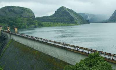 kerala-idukki-dam-alert-continues-as-water-level-hits-239584-ft