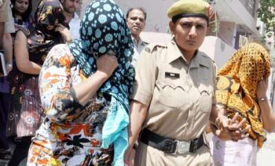 latest-news-delhi-police-bust-international-sex-racket