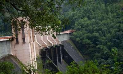 latest-news-idamalayar-dam-red-alert