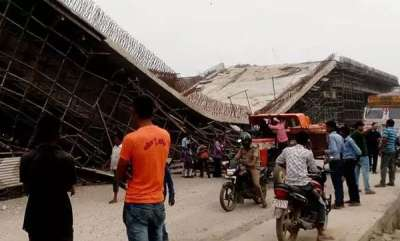 latest-news-under-construction-flyover-collapses-on-up-highway-labourer-injured