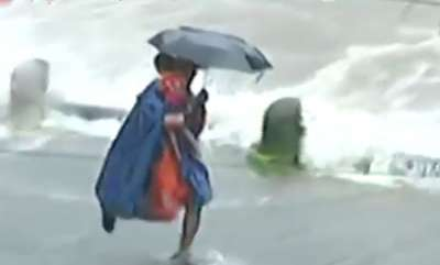 latest-news-ndrf-officer-saves-infants-life-while-flood