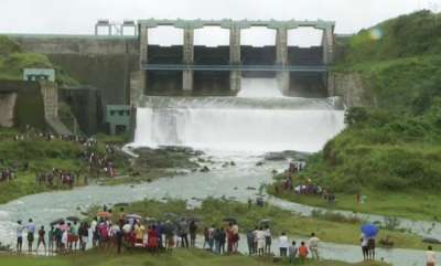 latest-news-banasurasagar-dam-opens-without-any-warning-village-officer-against-kseb